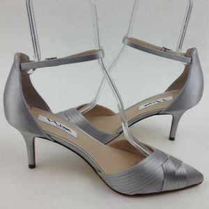NINA Teriann Ankle Strap Pump sz 9.5 M